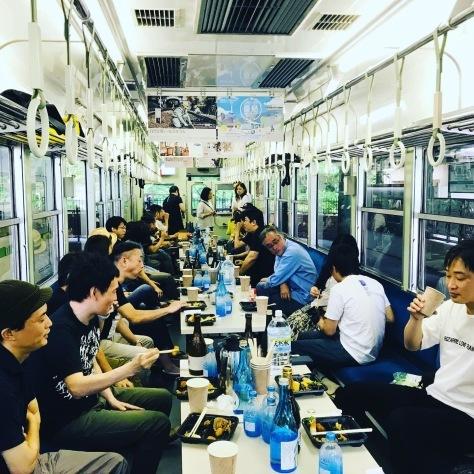 《大盛況の焼酎列車》_d0113681_08420730.jpeg
