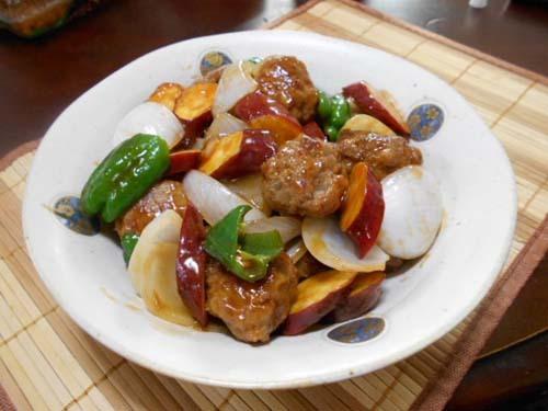 肉団子と野菜の甘酢あん&ババカレイの煮付け_f0019498_16023662.jpg