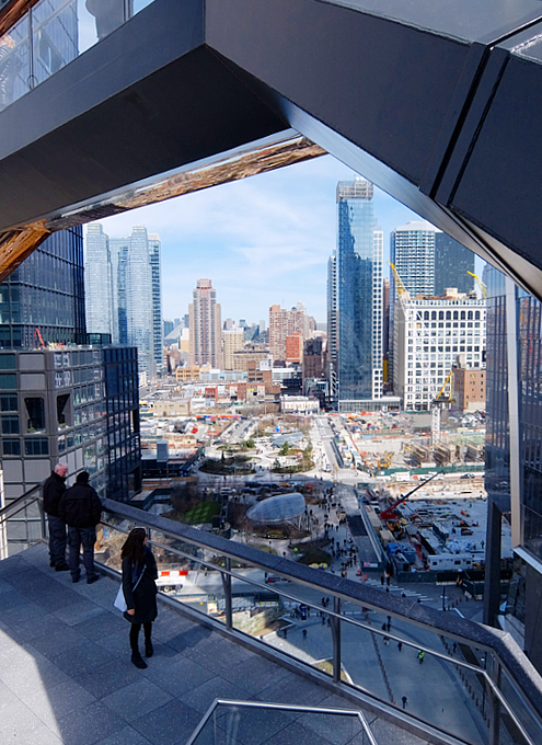 NYの新名所、ヴェッセルからみた外の景色_b0007805_00301347.jpg