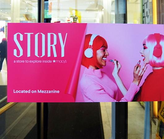 新感覚小売店のストーリー(Story)がMacy\'s店内にオープン!!_b0007805_06113383.jpg