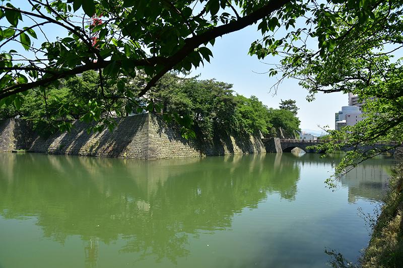 北国街道 鯖江宿から金津宿を行く_e0164563_12023589.jpg