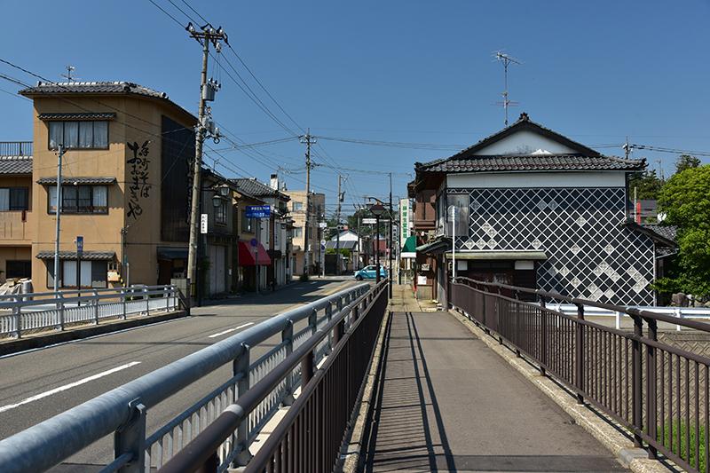 北国街道 鯖江宿から金津宿を行く_e0164563_12024762.jpg