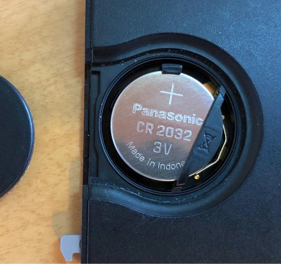 ルーテシア4 カードキー電池交換_f0032891_10300552.jpg