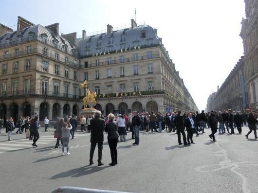 Paris メーデーの朝 💓_e0303431_19522227.jpg