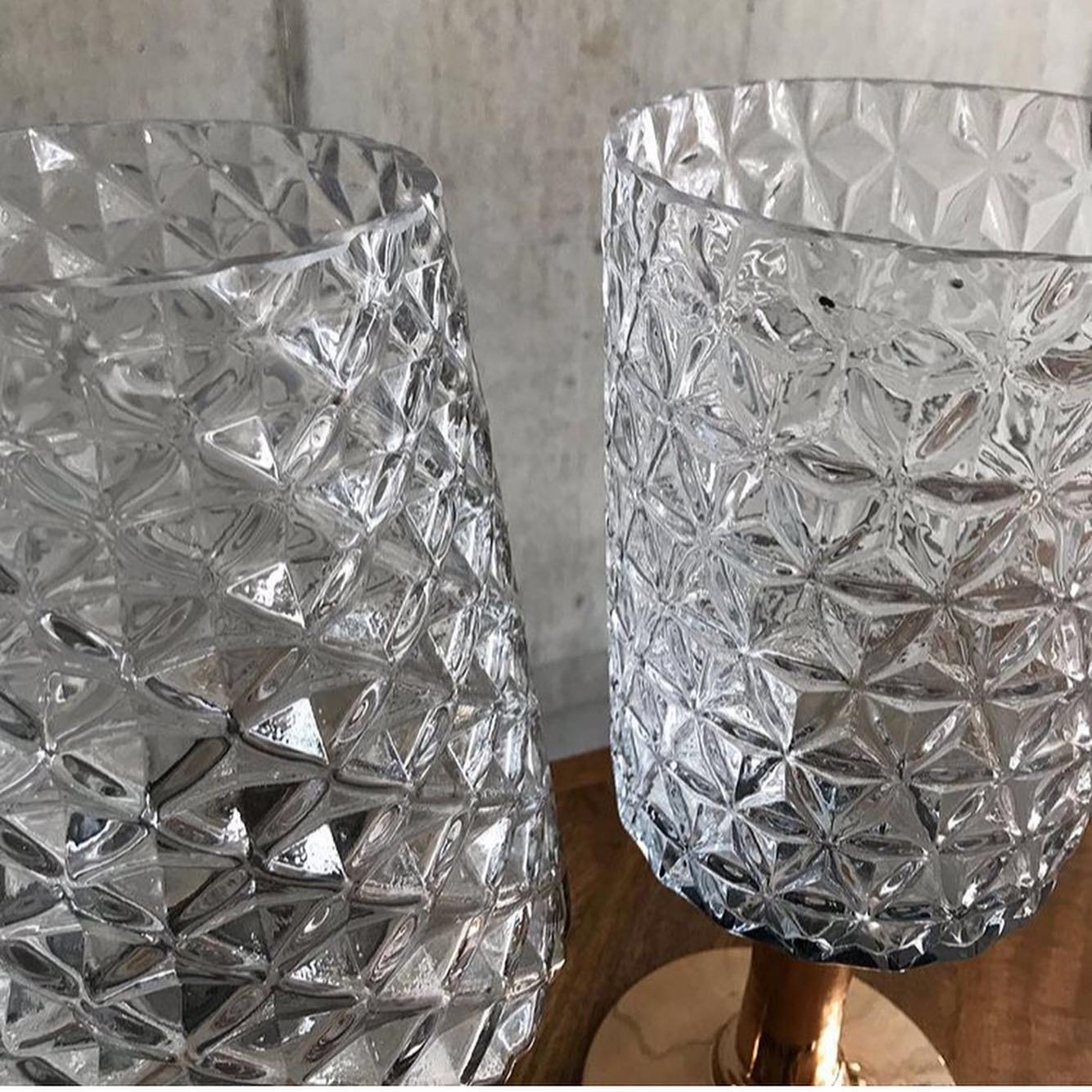 ガラス フラワーベース 2種再入荷_e0228408_15443964.jpg