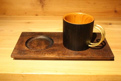 マグカップ+α「マグにも意匠」 作品への思い(1)_a0260022_13083279.jpg