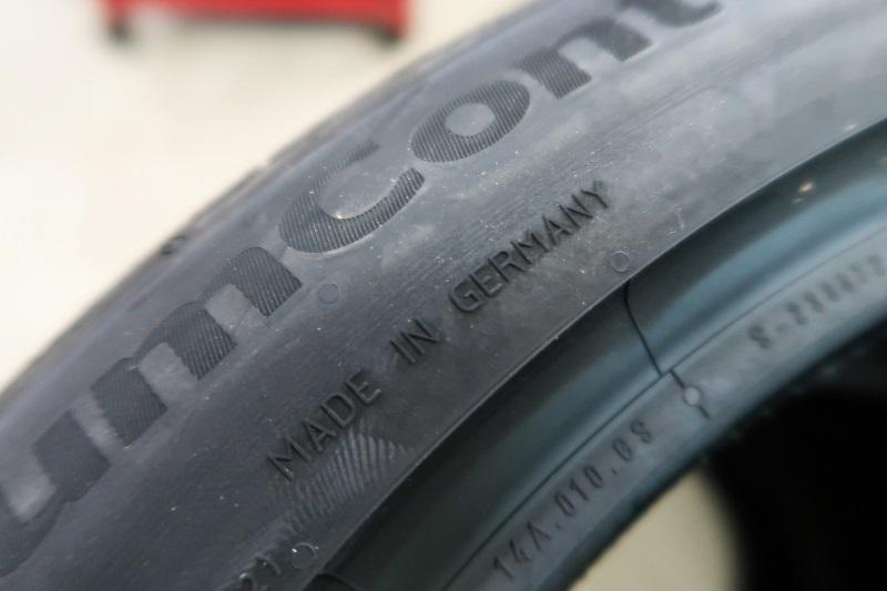 コンチネンタルタイヤの最新作「EC6」を「PC6」と比較接写_f0076731_21465045.jpg