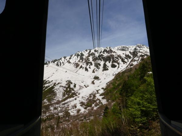 立山黒部アルペンルート ロープウェイで大観峰へ_a0351368_10545996.jpg