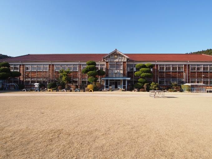 旧郷野小学校_f0116479_12514748.jpg
