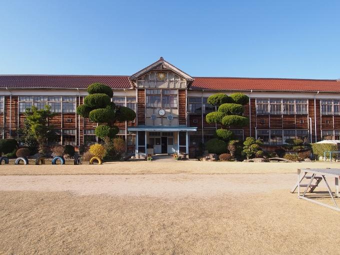 旧郷野小学校_f0116479_13162477.jpg