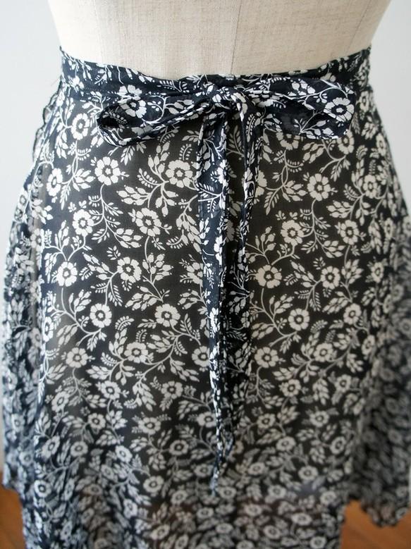 ***バレエ ラップスカート[シルエットフラワー・ブラック]_b0195783_15080641.jpg