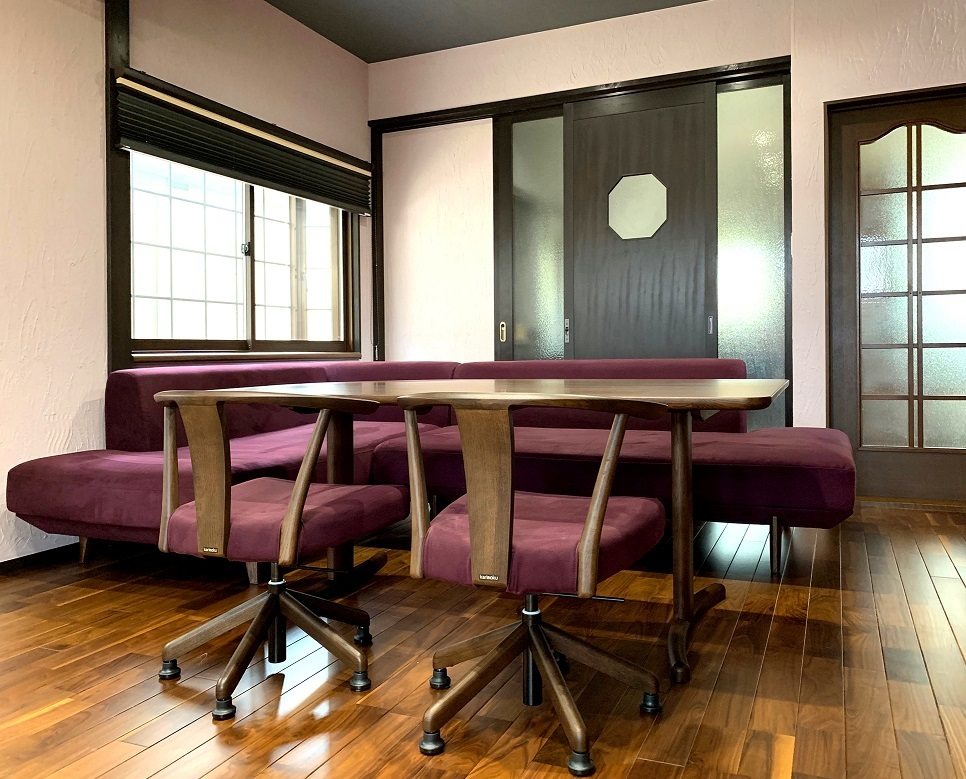 カリモク家具 こだわり納品実例~ソファでくつろぎのお食事時間を~_d0224984_15471339.jpg