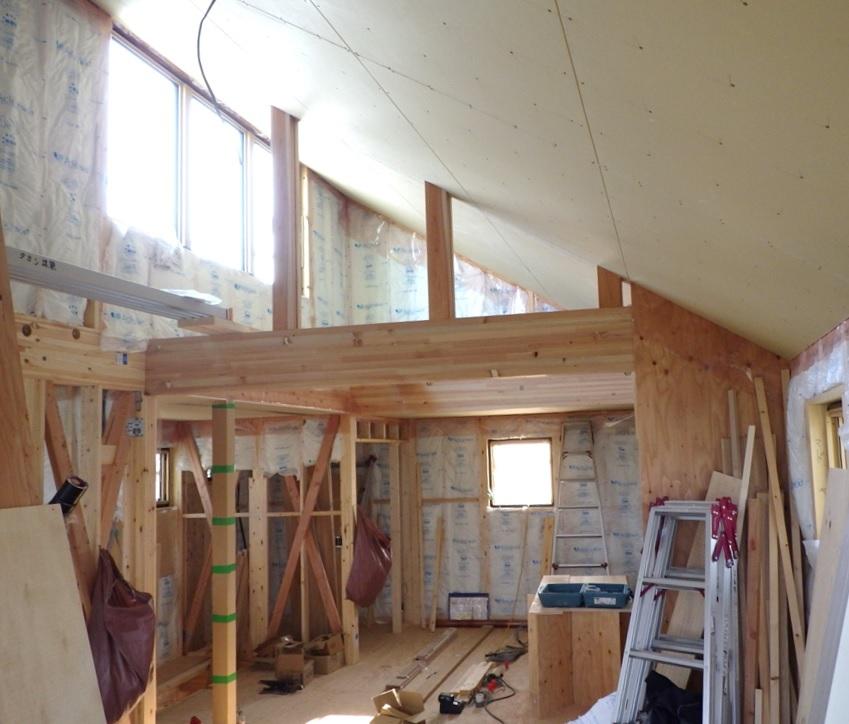 福島飯坂・子どもの育ちを見守る家、内部造作始まります。_b0118287_19174005.jpg