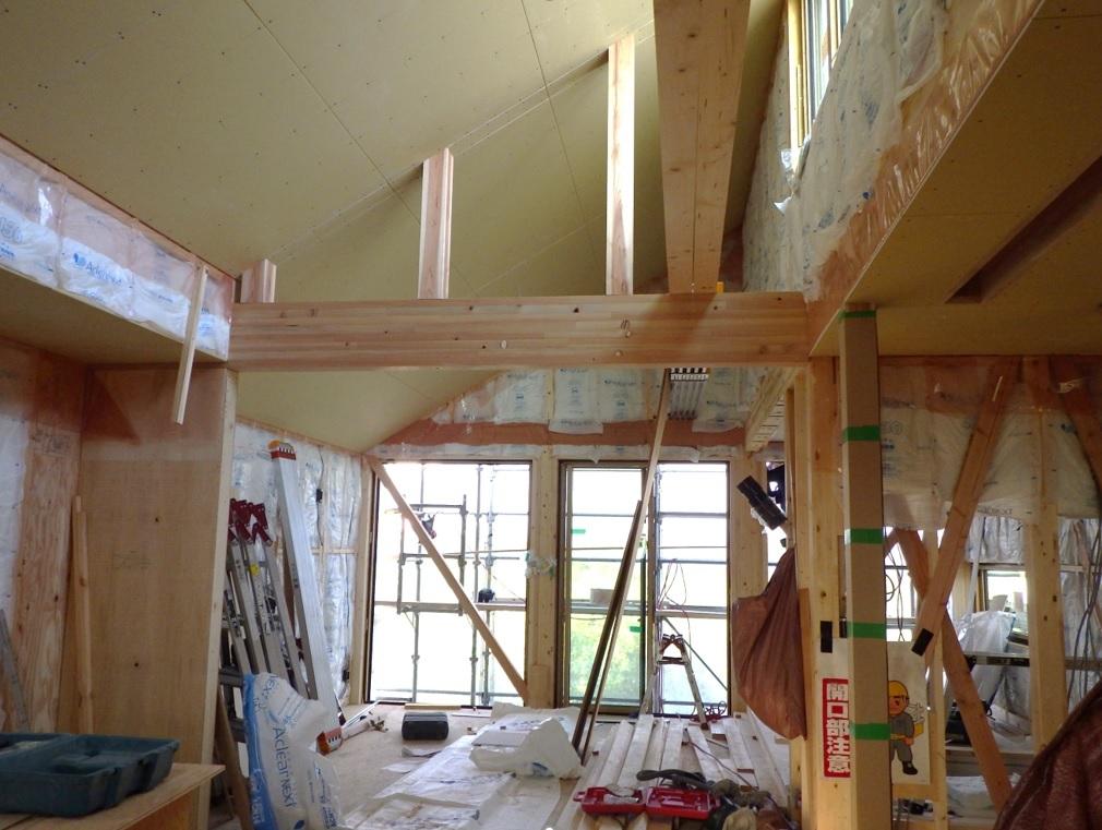 福島飯坂・子どもの育ちを見守る家、内部造作始まります。_b0118287_19222246.jpg