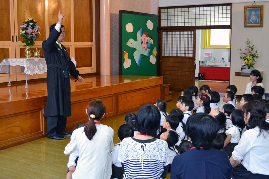 第一幼稚園「花まつり」_d0353789_14272939.jpg