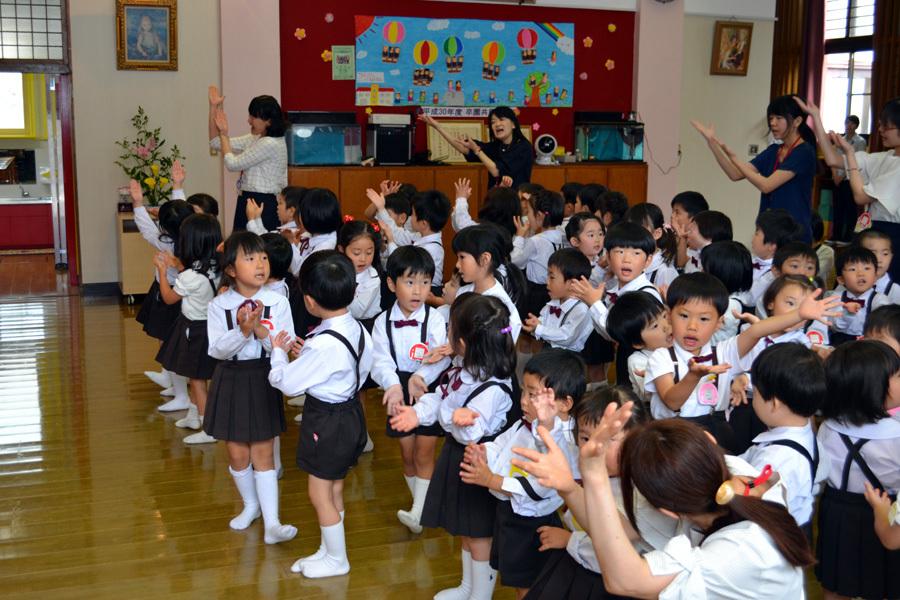 第一幼稚園「花まつり」_d0353789_14273972.jpg