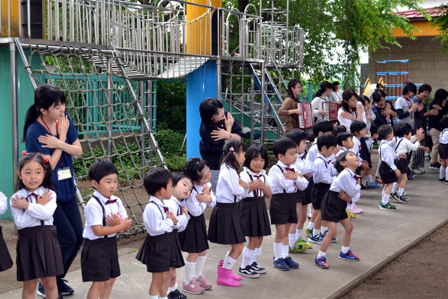 第一幼稚園「花まつり」_d0353789_14282307.jpg