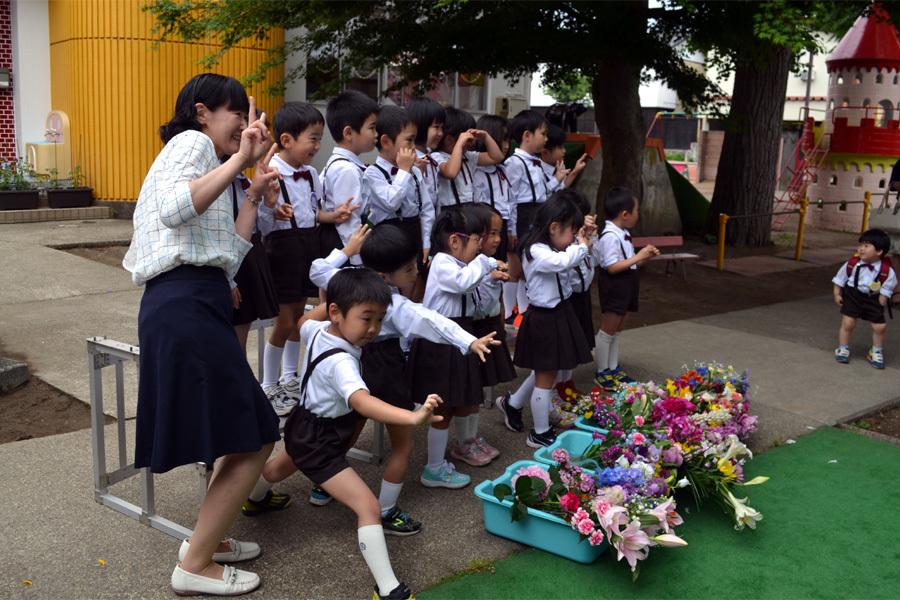 第一幼稚園「花まつり」_d0353789_14294543.jpg