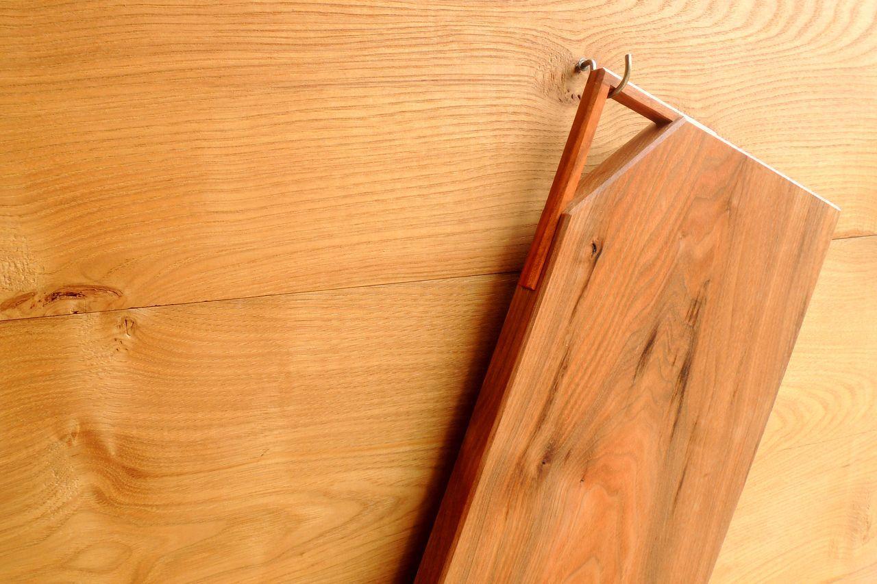 木工 藤原次朗の手仕事 「取っ手付きカッティングボード」_e0248405_20072073.jpg