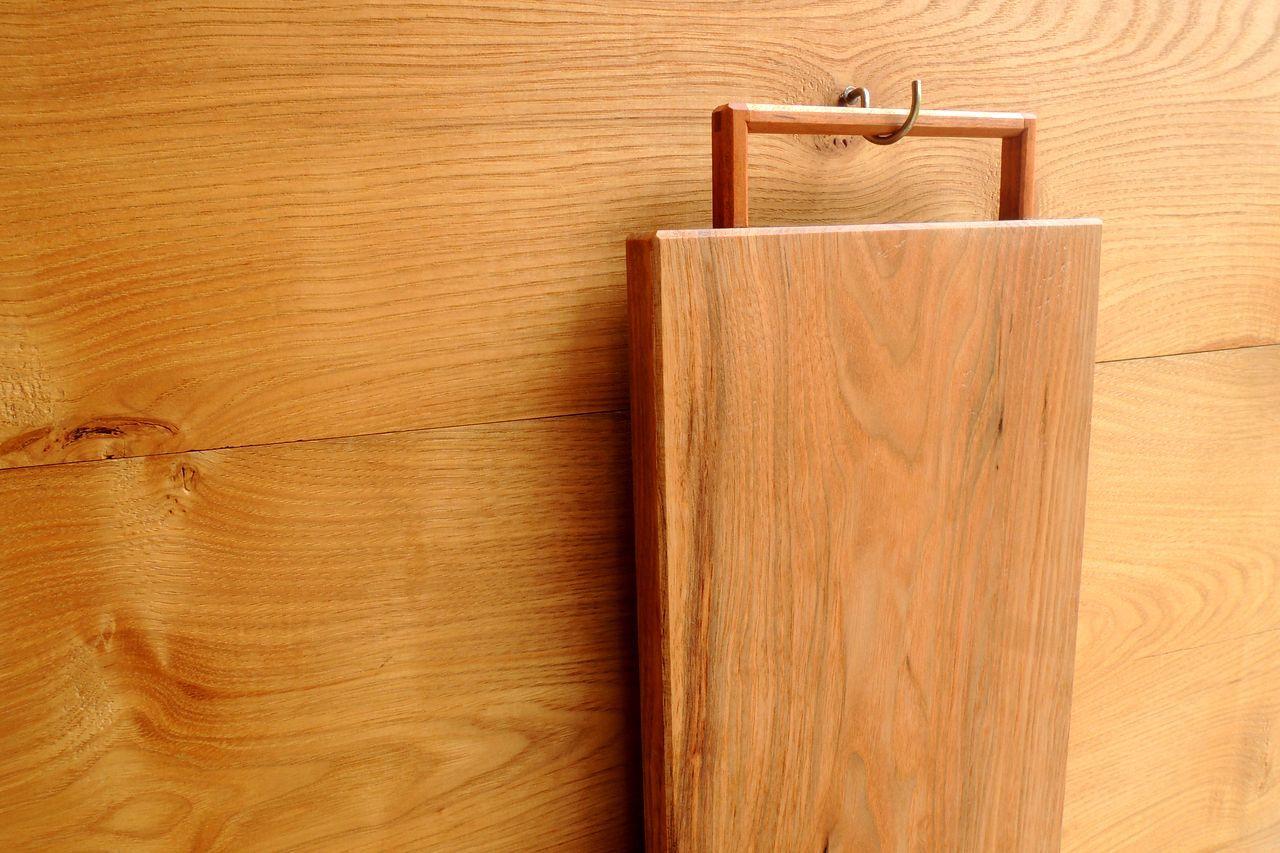 木工 藤原次朗の手仕事 「取っ手付きカッティングボード」_e0248405_20073705.jpg