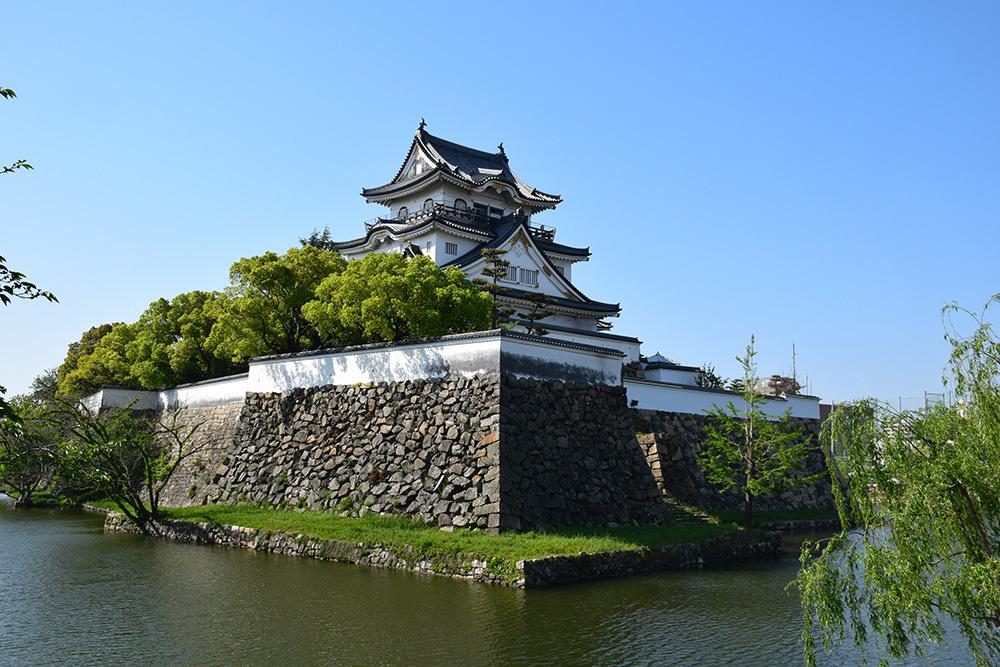 犬走りの代表的な城、岸和田城攻城記。 その1 ~内堀~_e0158128_12035934.jpg