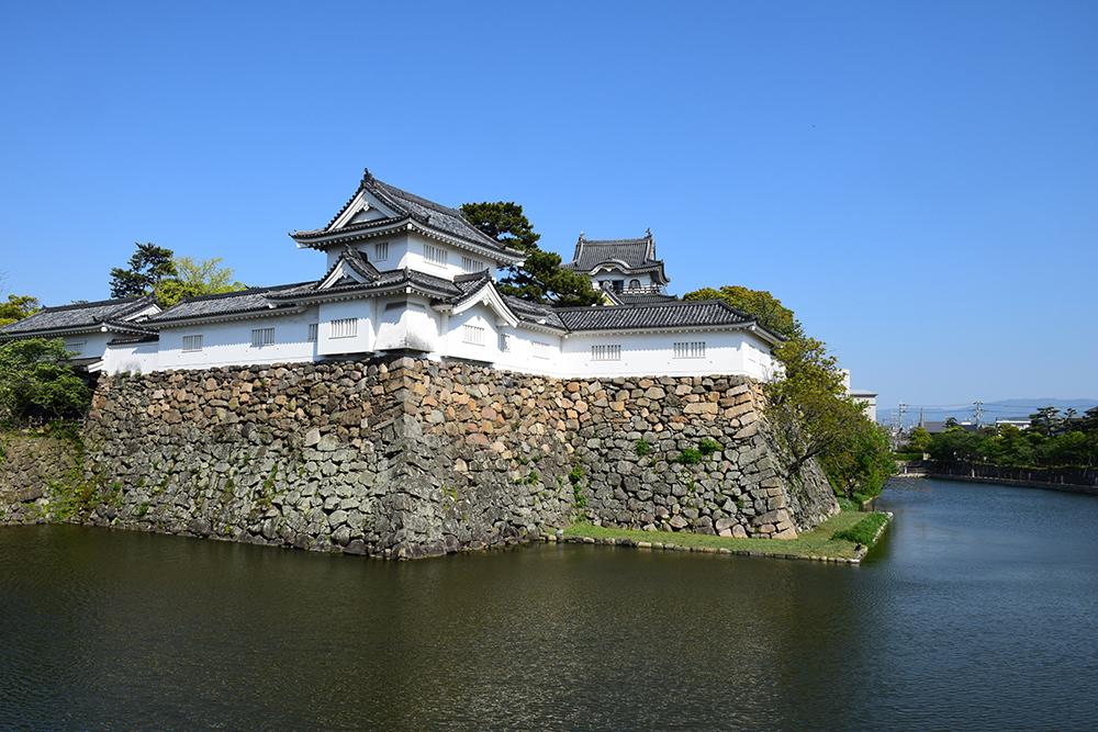 犬走りの代表的な城、岸和田城攻城記。 その1 ~内堀~_e0158128_12102962.jpg