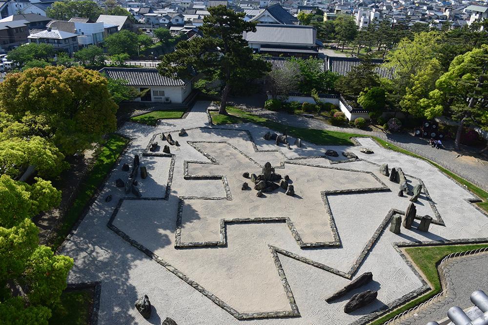 犬走りの代表的な城、岸和田城攻城記。 その2 ~本丸~_e0158128_12443139.jpg
