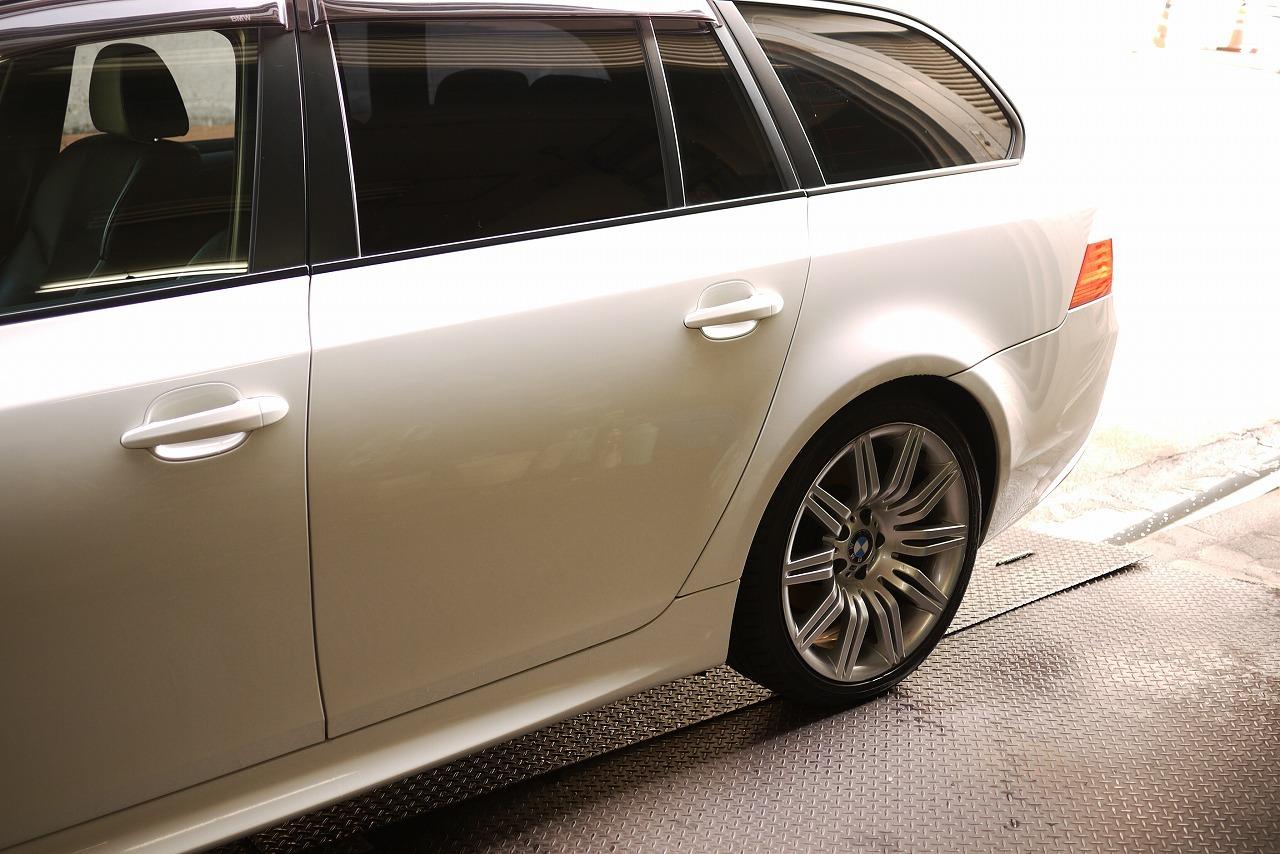 BMW E61 ツーリング エアサス エアポンプ リヤ下がる 上がらない_d0171835_09345627.jpg