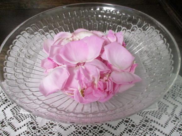 お庭のお花を飾れる!いい季節~~(^^♪_a0279743_22334369.jpg