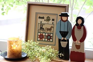 アーミッシュのウッドドールと刺繍フレーム_f0161543_17494480.jpg