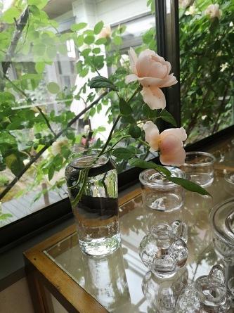 10年先も好きなもの」沖澤康平ガラス展 作家在廊_e0187897_09134752.jpg
