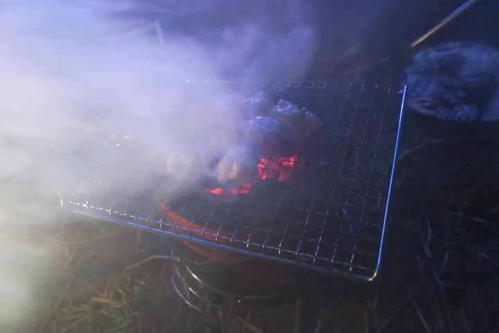 焚火宴会_c0132901_17463838.jpg