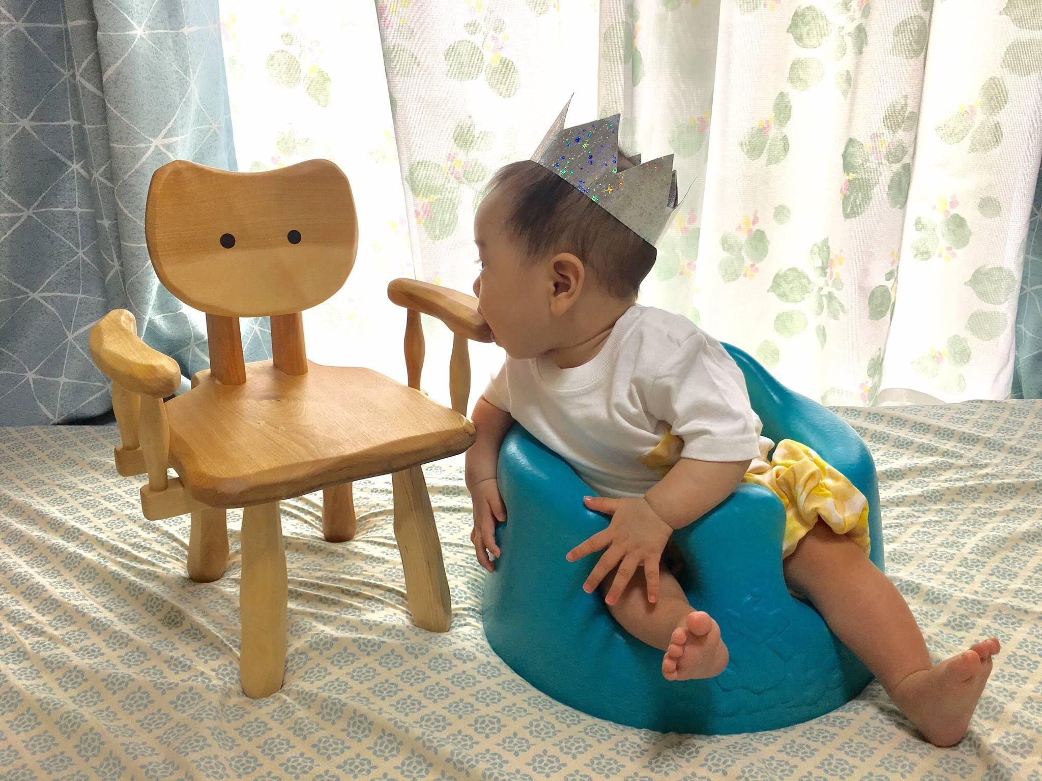 こねこ椅子_e0072513_16060419.jpg
