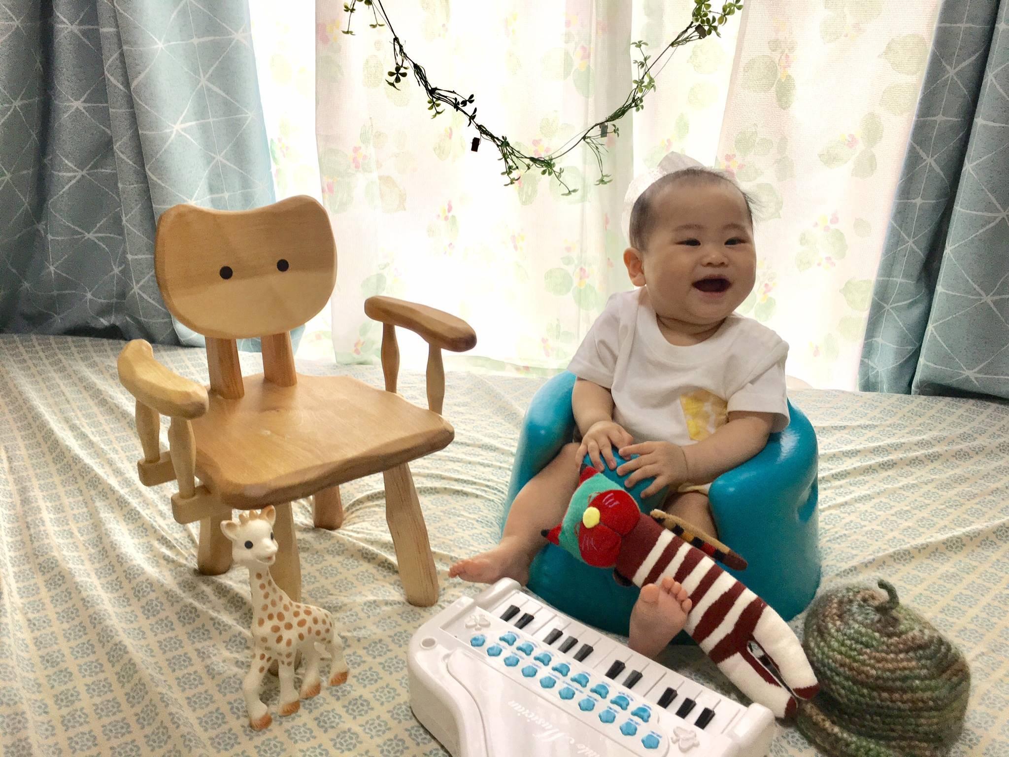 こねこ椅子_e0072513_16125292.jpg