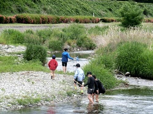 川に沿って ひと回り_e0234924_19092193.jpg