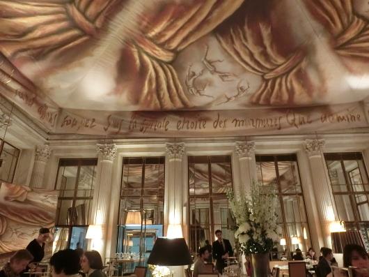 Le Dali でアフタヌーンティ Le Meurice Paris_e0303431_18061225.jpg