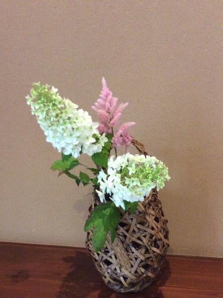 今はやまなか、紫陽花の季節「芭蕉の館」_f0289632_10115323.jpg