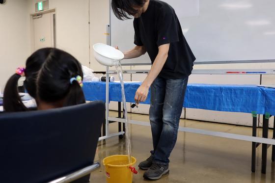 やと子ども美術教室 ~ 水を描く ~_e0222340_1510350.jpg