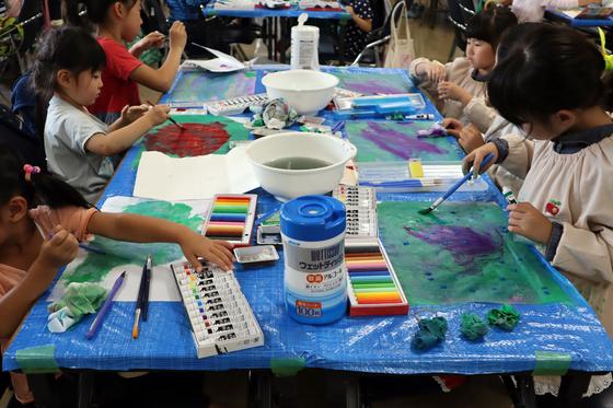 やと子ども美術教室 ~ 水を描く ~_e0222340_15182134.jpg