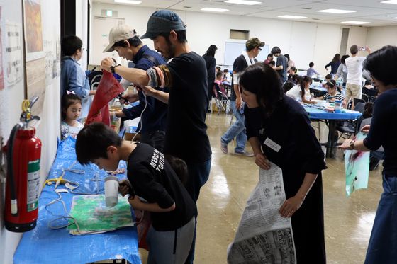 やと子ども美術教室 ~ 水を描く ~_e0222340_15243517.jpg