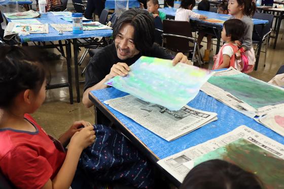 やと子ども美術教室 ~ 水を描く ~_e0222340_15294927.jpg