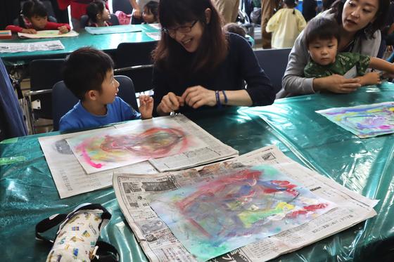 やと子ども美術教室 ~ 水を描く ~_e0222340_15303078.jpg