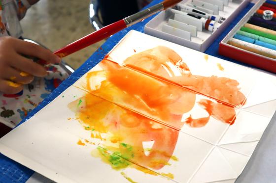 やと子ども美術教室 ~ 水を描く ~_e0222340_1545513.jpg