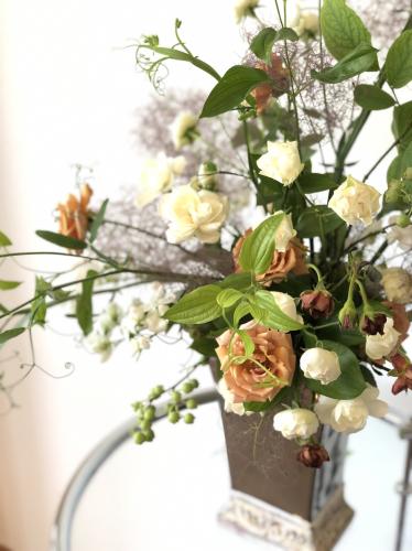 この季節はスモクツリーが綺麗。_d0139350_18301663.jpg
