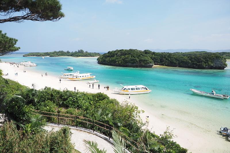 【超お気に入り!】沖縄の BLUE SEAL アイス_b0008655_18452593.jpg
