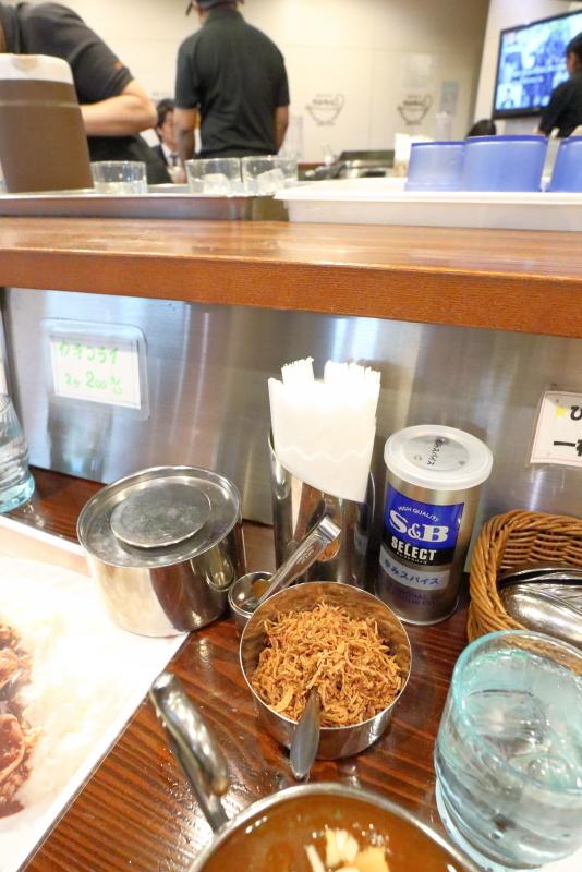 カリカル 新橋本店で、印度カレーを食べる_a0077663_17073918.jpg