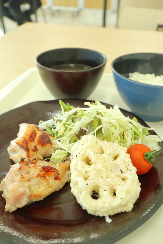 豊洲市場にて朝食_a0077663_18290303.jpg