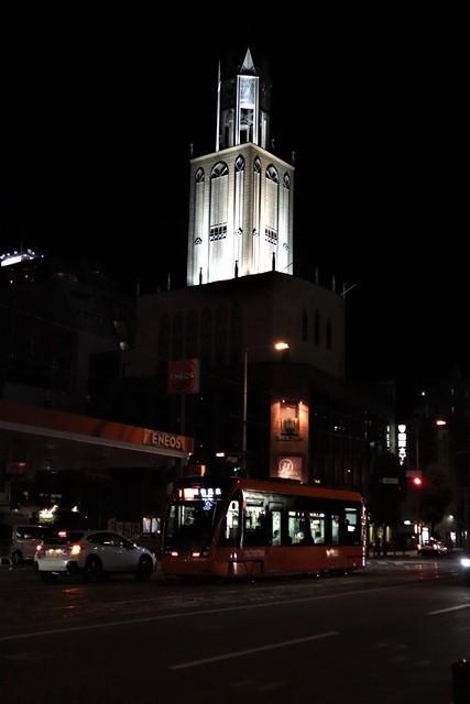 観光の町松山@松山の夜と昼、綺麗な街並み松山市・・・坊ちゃん列車と路面電車_d0181492_00051002.jpg
