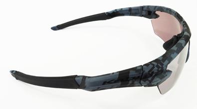 OGK KABUTO(オージーケー カブト)日本製・一眼式スポーツサングラス101シリーズ新色カモフラージュモデル入荷!_c0003493_18065450.jpg