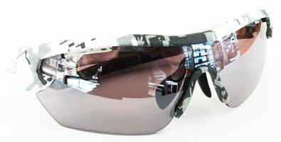 OGK KABUTO(オージーケー カブト)日本製・一眼式スポーツサングラス101シリーズ新色カモフラージュモデル入荷!_c0003493_18114460.jpg
